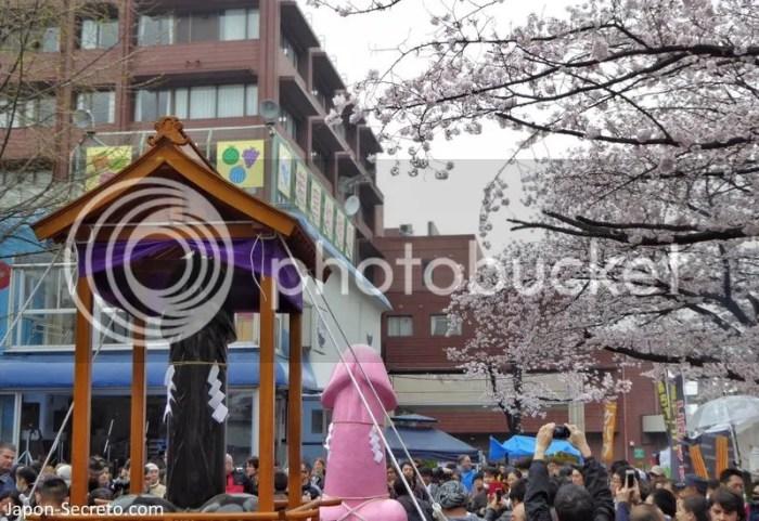 Festivales de Japón: el Kanamara Matsuri (かなまら祭り), conocido popularmente como el Festival del Pene de Acero, seguramente el festival de las fertilidad japonés más famoso en todo el mundo