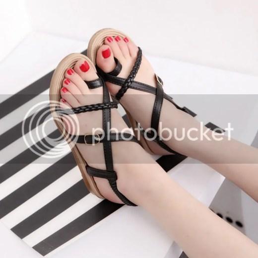 Sandal dây chéo nhiều màu
