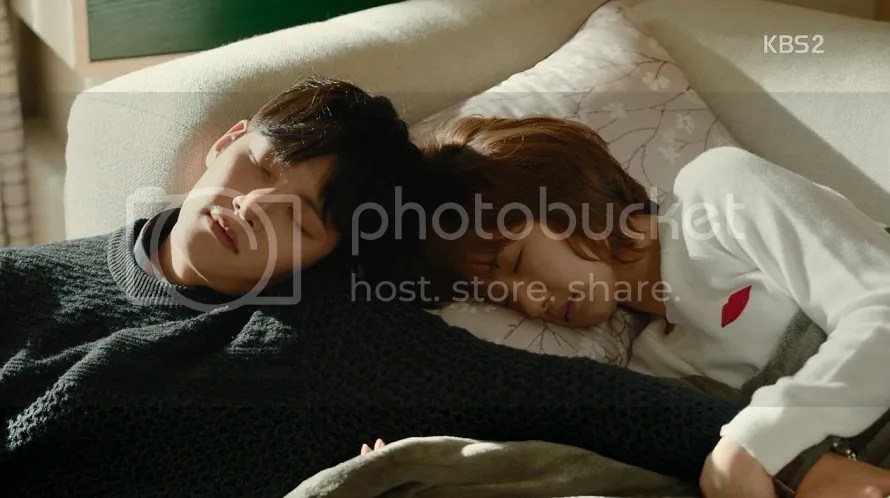 Healer Episode 4 bong soo and young shin sleeping