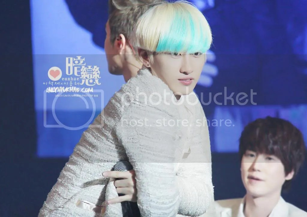 photo eunhyuk-9_zpsc157c9cf.jpg