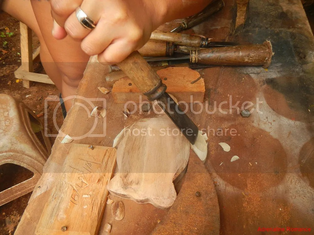 Woodcarving by Backstreet Academy