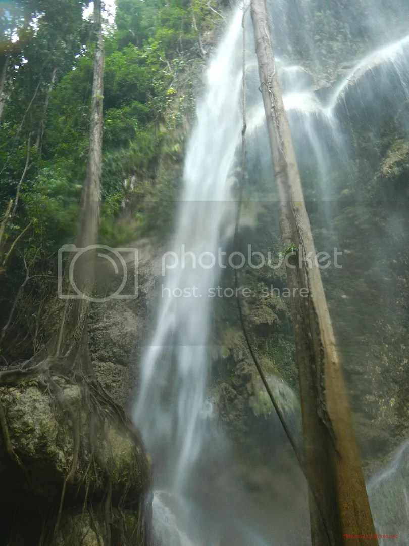 how to get to tumalog falls