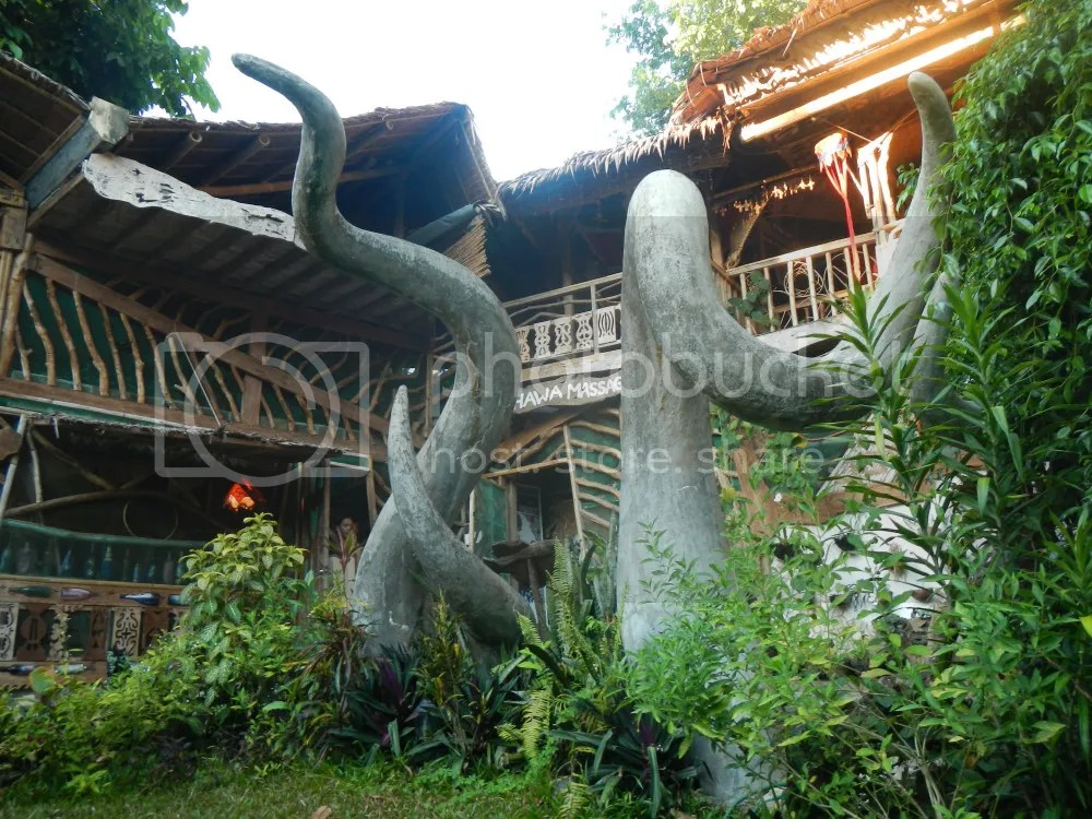 Enigmata Eco-Lodge