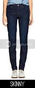 Model wearing skinny jeans.