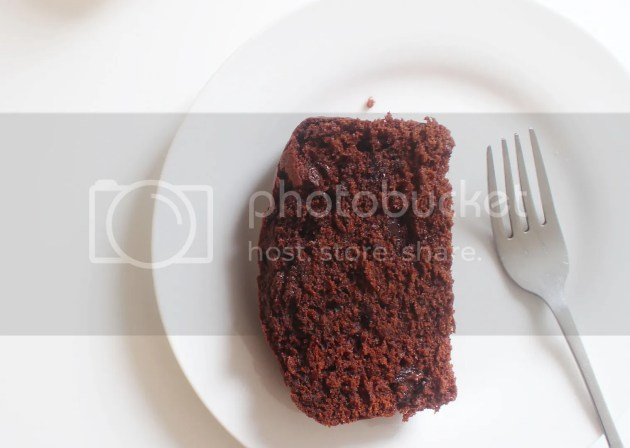 photo Chocolate Beetroot Loaf Cake 6_zpsf4lbb2f7.jpg