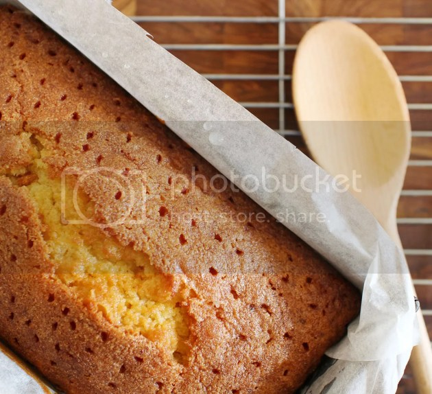 photo Lemon Drizzle Loaf Cake 17_zpsc8yeshyy.jpg
