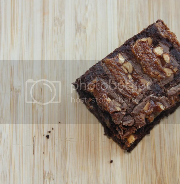photo Snickers Brownies 6_zpsvwywdsdc.jpg