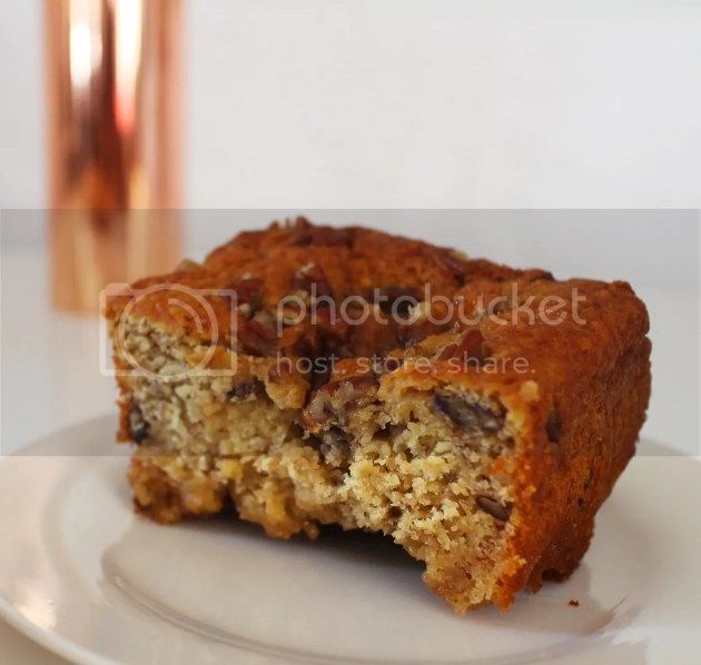 photo Toffee Pecan Banana Loaf12_zpspxjmyuni.jpg