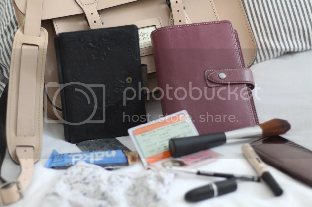 photo Whats In My Handbag - Intern Edition - 6_zps8ky5beln.jpg