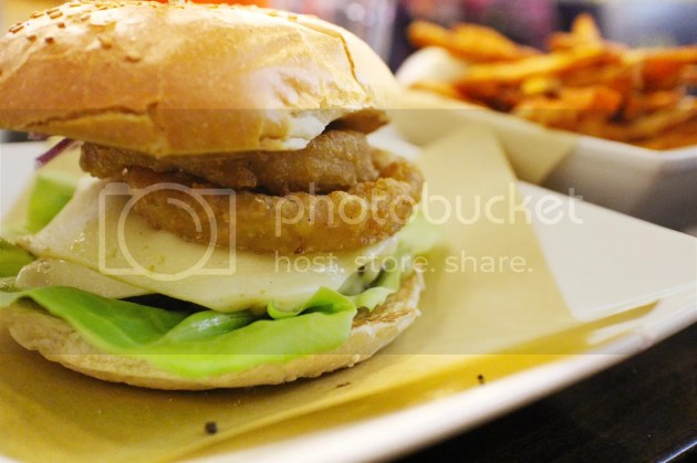 photo Handmade Burger Co Leicester 6_zpsowjnnzsk.jpg