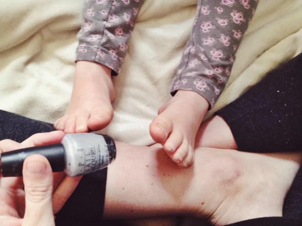mother daughter pedicure