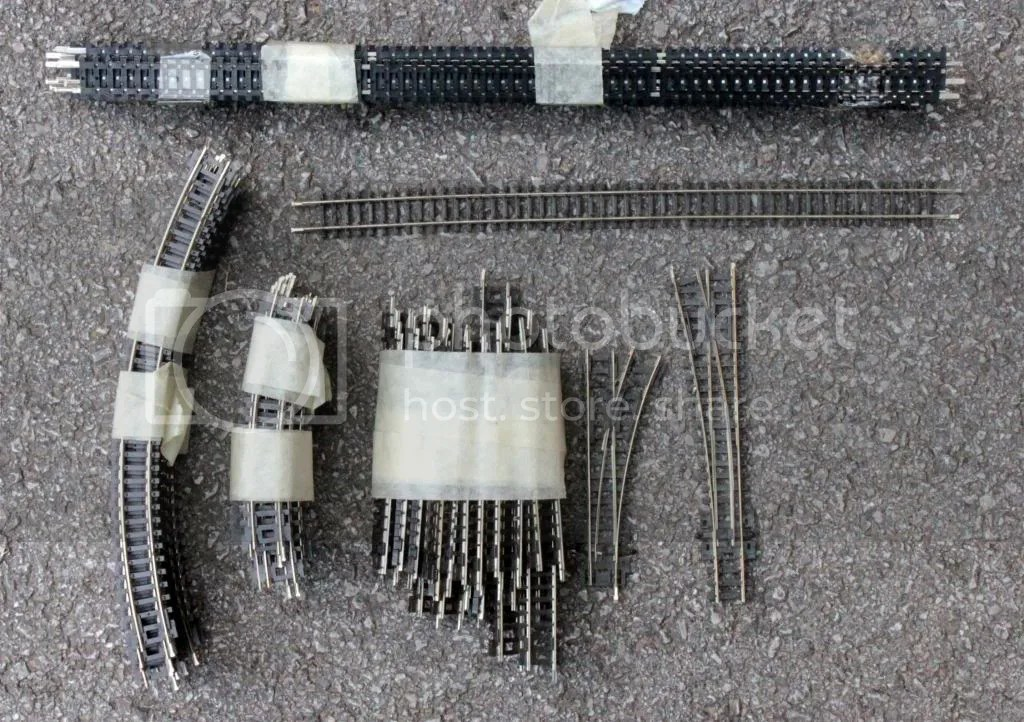 Complete N Gauge Model Railway Layout & Assorted