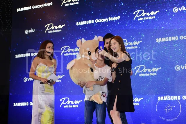 Meet and Greet with Kim Jong Kook and Park Min Young in Singapore