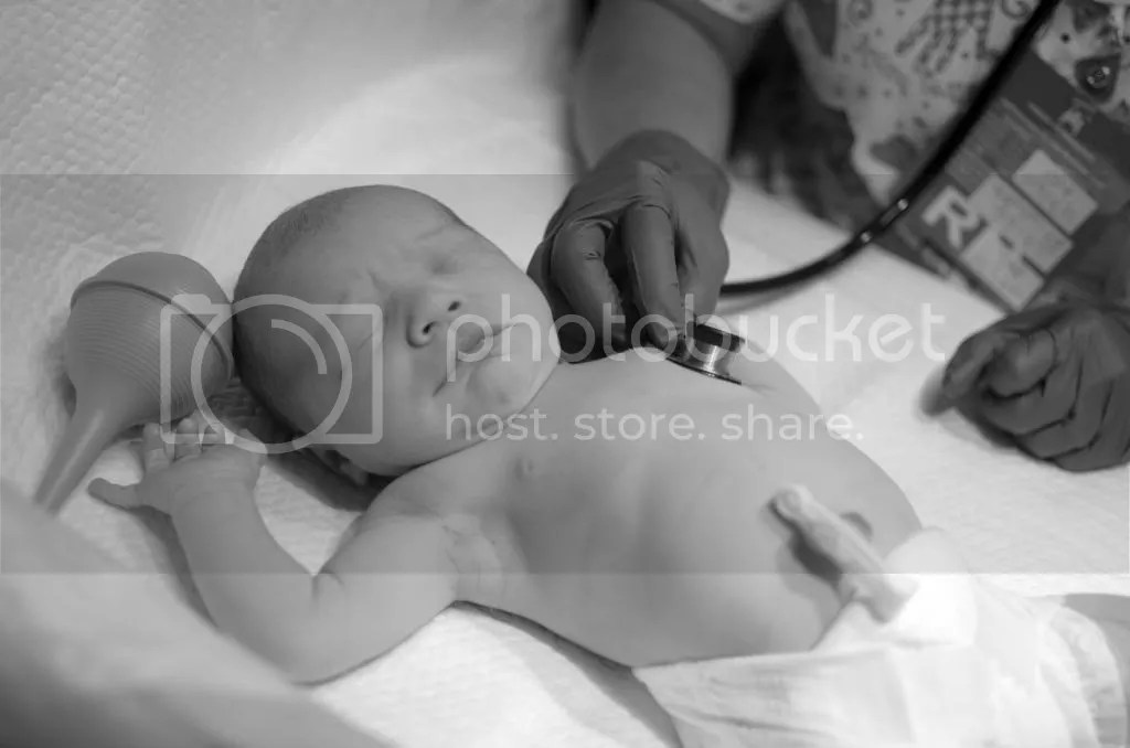 photo elliebirth6_zps484d6916.jpg