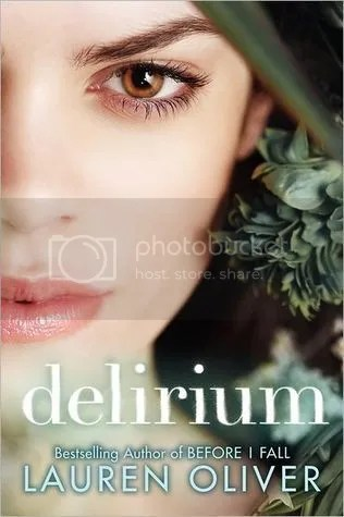 Delirium by Lauren Oliver - Miss Book Reviews