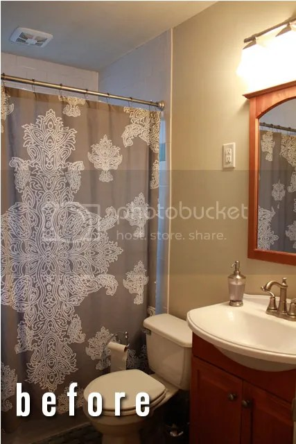 photo bathroombefore_zpsf3ec5262.jpg