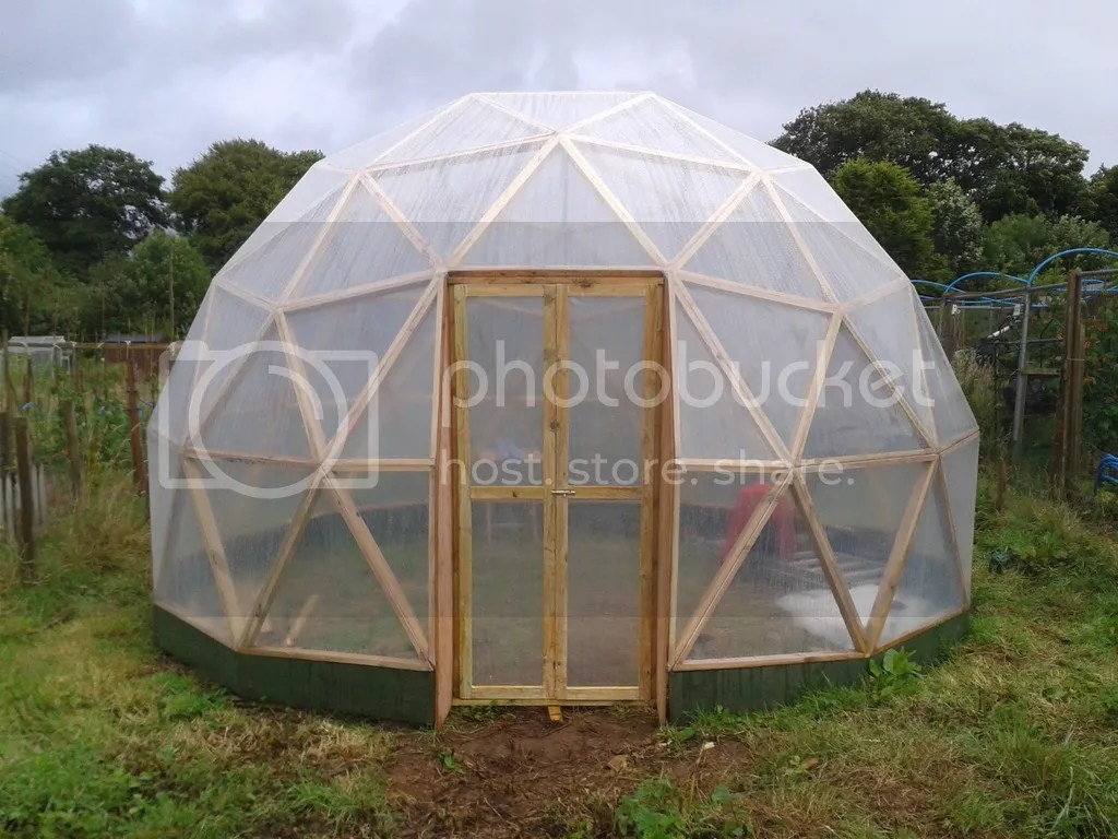 Building a geodesic dome greenhouse low impact living for Geodesic greenhouse plans free