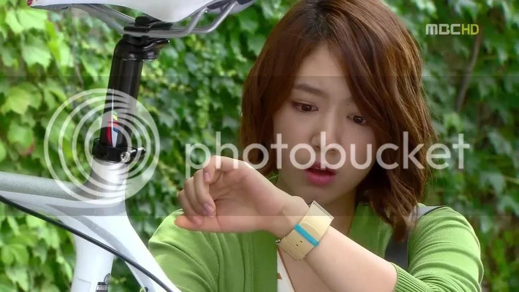 photo YFFM6-00016_zps482960e5.jpg