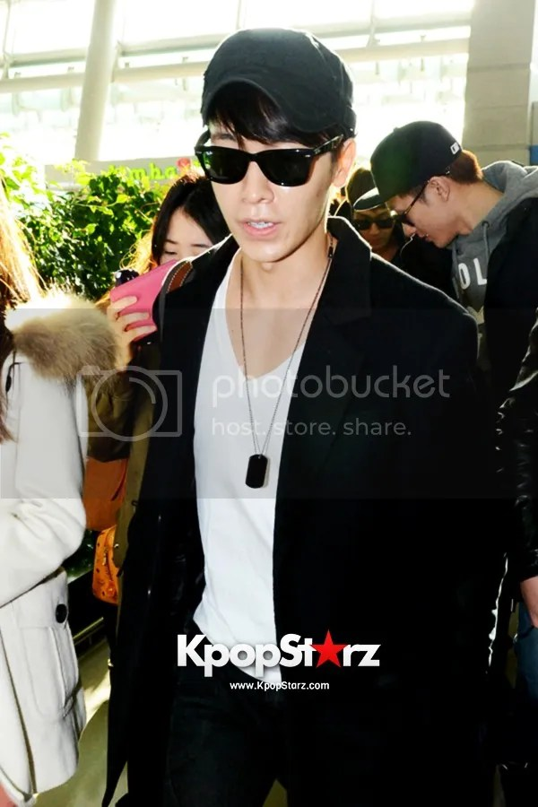 photo kpopstarz23_zpsd658d9f4.jpg