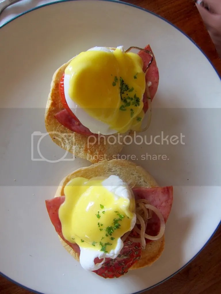 IZE Hotel breakfast eggs benedict