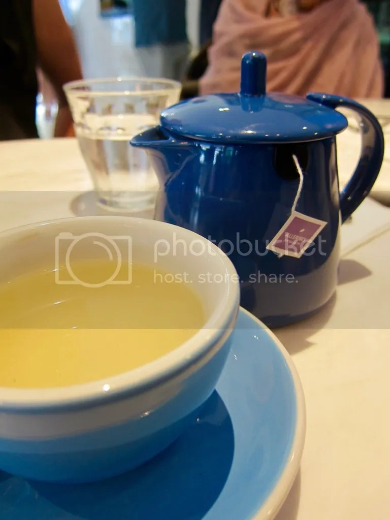 Crown Bakery & Cafe Pear-Fect Oolong Tea