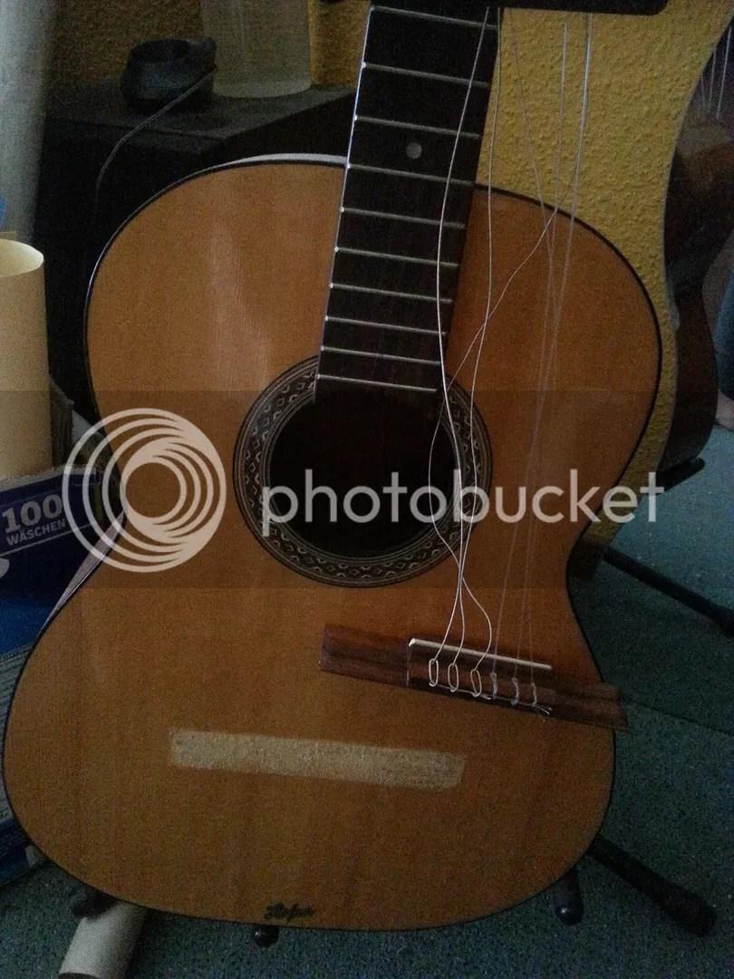Gitarre kaputt photo 20150330_154534_zpsi7jewb63.jpg
