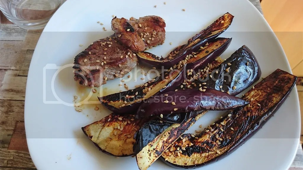 Gegrillte Auberginen und Rindfleisch japanisch connys low carb photo DSC_0139_zpssgisnqll.jpg