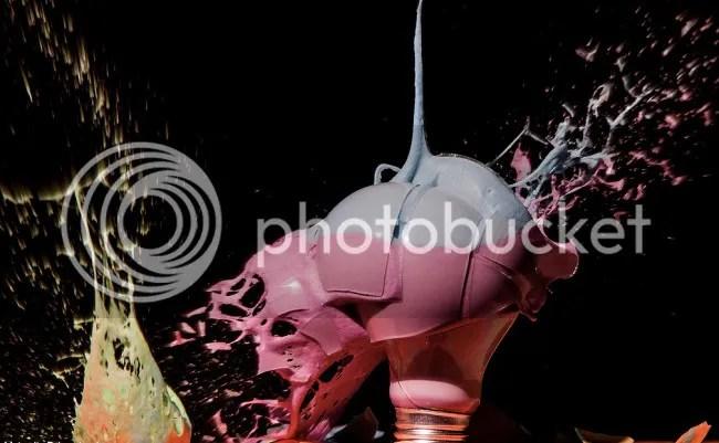 photo JonSmith-Lightbulbs6_zpseeaa522d.jpeg