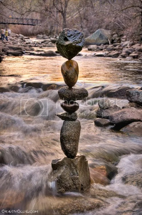 photo MichaelGrab-gravity-defyingrocksculptures10_zps715589f2.jpeg