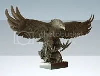 photo PU-Hawk-Sculpture_zpsa6a46d9a.jpg