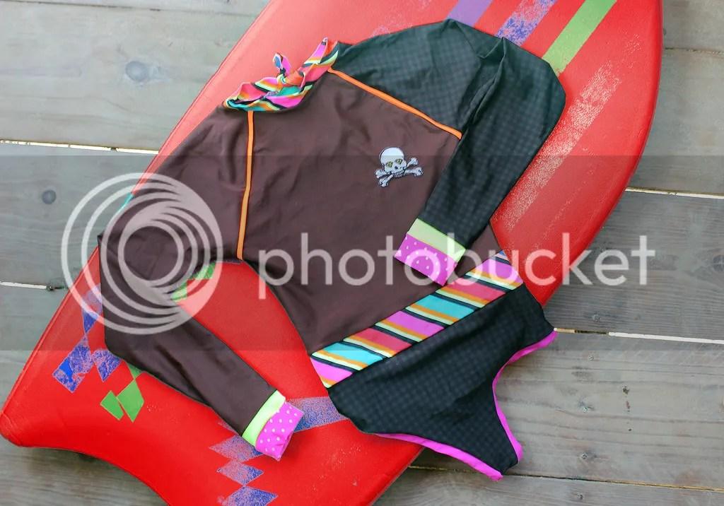 MIAHMO bikinis MH16001 Rashguard ideal para deportes bajo el sol