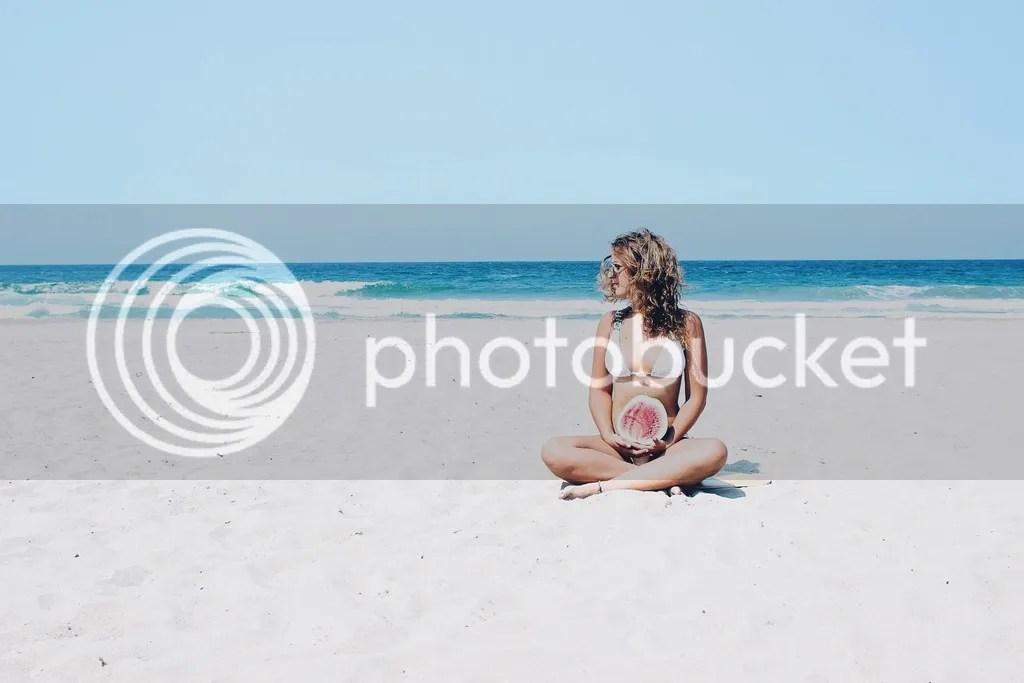 MIAHMO bikinis MH16032 top amarre espalda color blanco