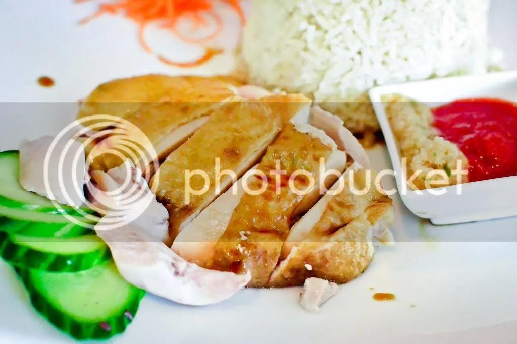 Hai-nan Steamed Chicken with Chicken Rice