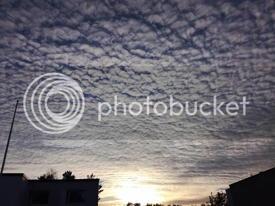 photo sky_zpsf5tzzsho.jpg
