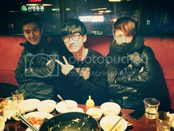 photo 20130205_siwoneunhyukdonghae_dinner_zps5df828bd.jpg