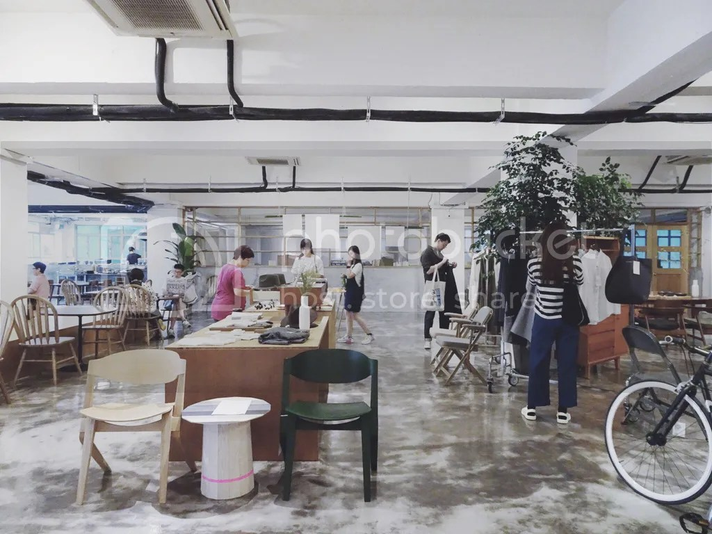 HOW Concept Store, Café in Kwun Tong, Hong Kong