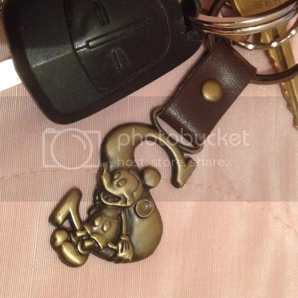 mickey mouse keyring