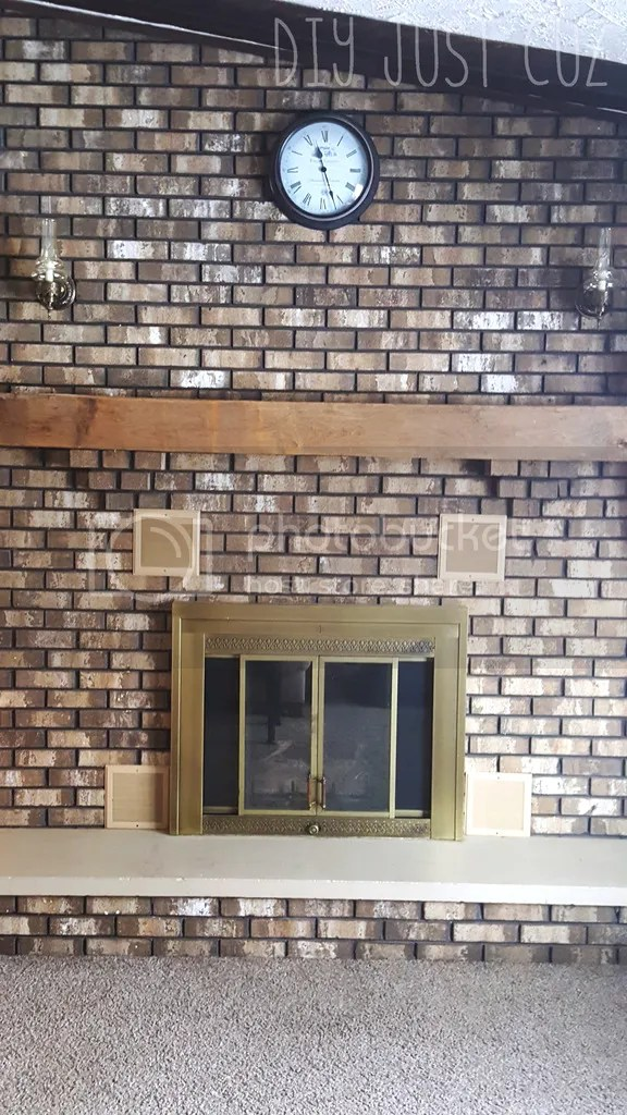 Hate the color of your original bricks? Paint your fireplace to look like faux bricks without purchasing an expensive kit!