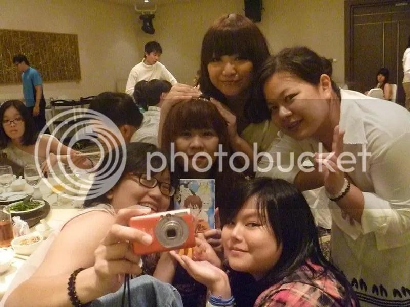 photo girlpower31oct2011.jpg