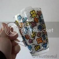 cadeau voor de juf - door onze dochter betekende thee glas!