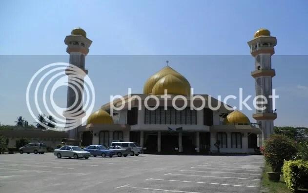 photo MasjidDaerahSultanIbrahim_zpshwvzcfe_edit_1466699753226_zpszshsnjed.jpg