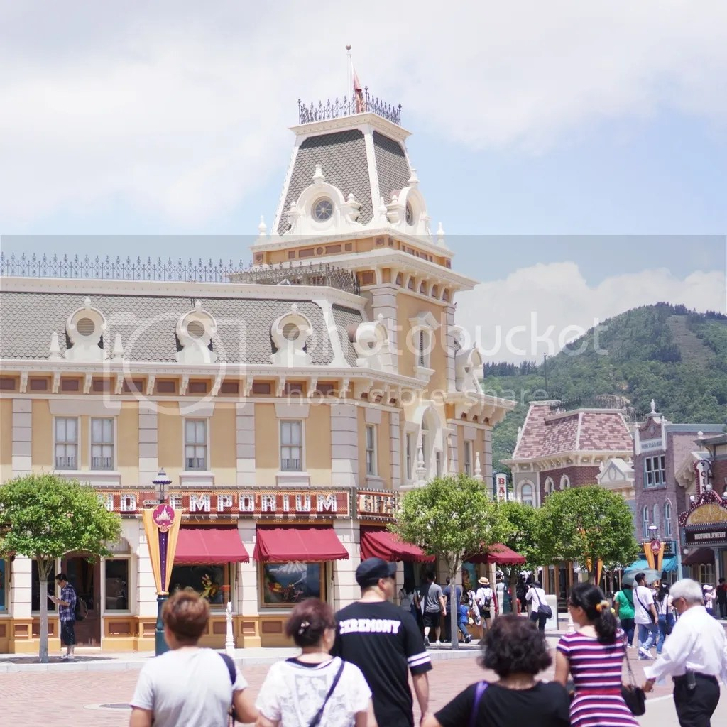First time hongkong disneyland