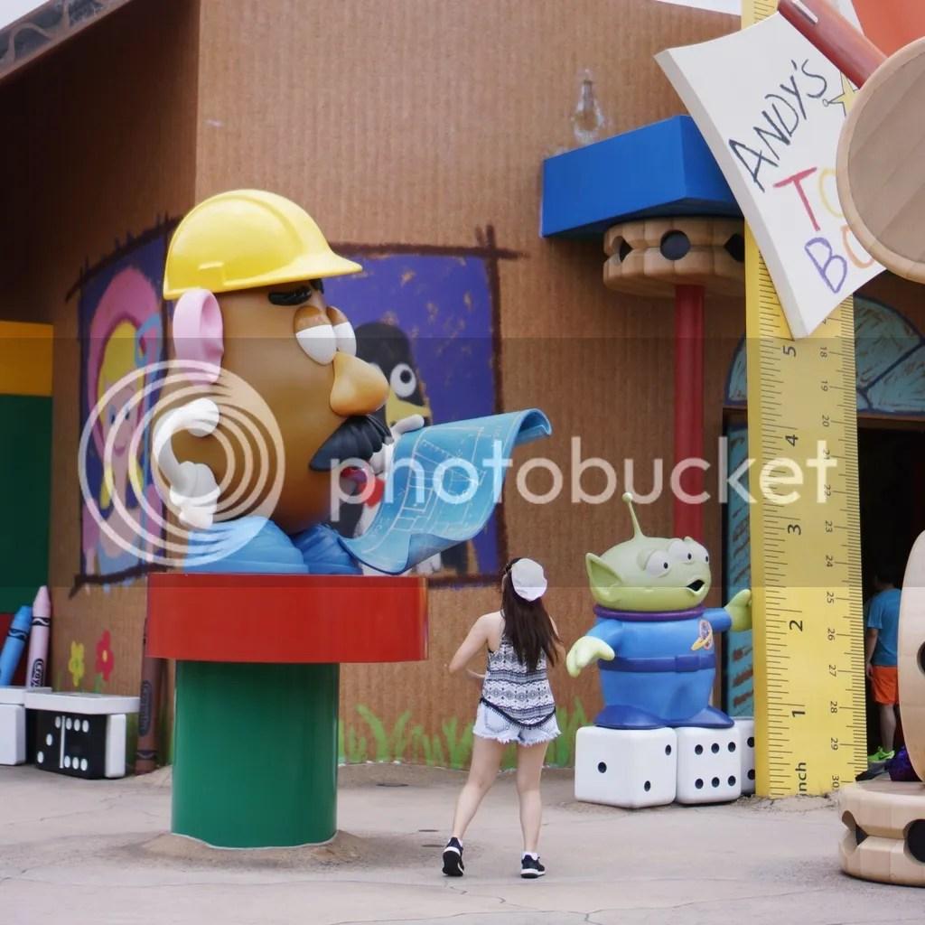Toy story disneyland
