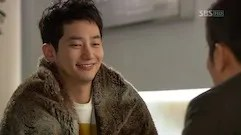https://i1.wp.com/i14.photobucket.com/albums/a303/Raine0211/CDDA%20Ep%201%20SC/Cheongdamdong_Alice_Ep1_small_272.jpg