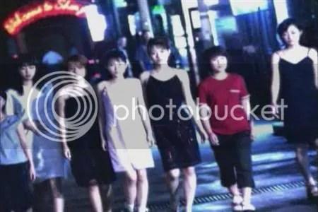From left to right (just a guess): Yaguchi Mari, Iida Kaori, Nakazawa Yuko, Abe Natsumi, Ishiguro Aya, Fukuda Asuka, Ichii Sayaka