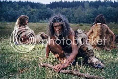 CAVEMEN HUNTING photo: cavemen cavemen.jpg