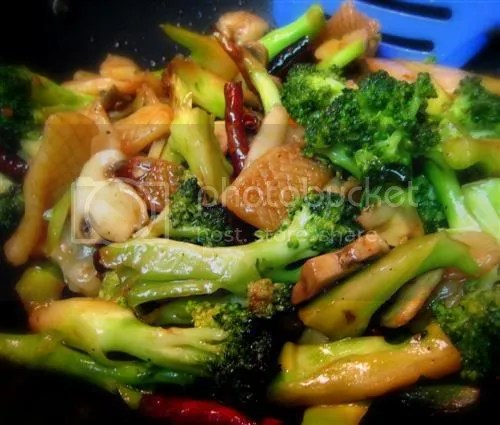 Vegetarian Broccoli KungPow with Konyakku Squid