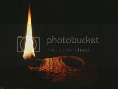 oil lamp photo: ancient oil lamp OilLamp2.jpg
