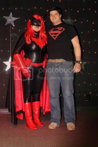 photo Batwoman and Superboy_zps3izy0nwa.jpg
