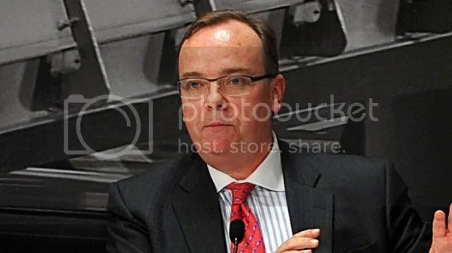 HSBC Stuart Gulliver to get 70% pay rise - taking his salary to £4.2m a year [ 25 February 2014]